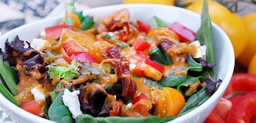 Tomato Spinach Salad with Red Pepper Dressing